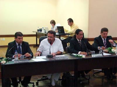 Sessão na Câmara de Vereadores em Birigui - Um Asno