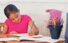 Hacemos los deberes TODOS los días.