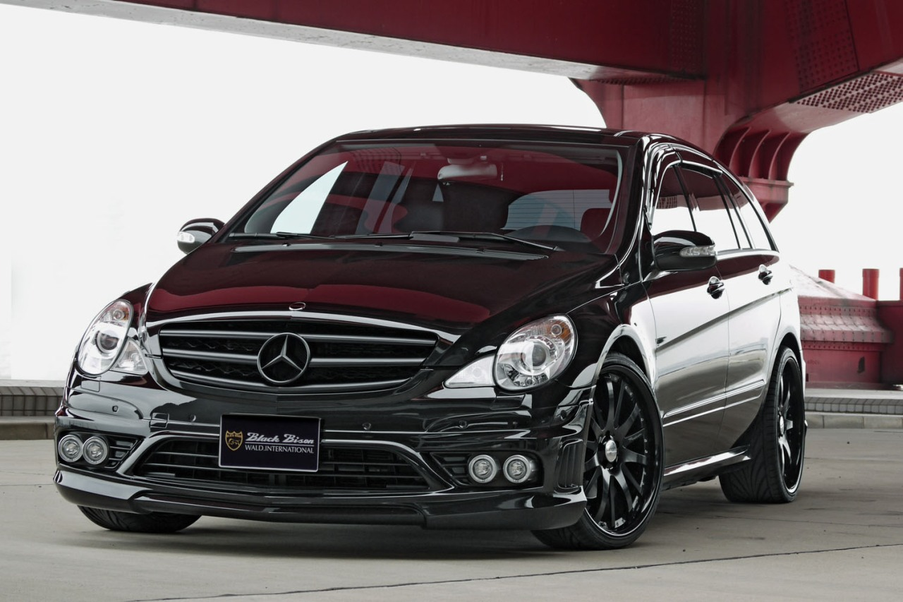 Best car models all about cars mercedes benz 2012 r class for Mercedes benz small car