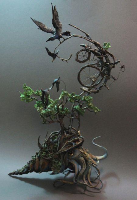 Ellen Jewett CreaturesFromEl deviantart esculturas surreais mixed animais O cefalópode e o corvo