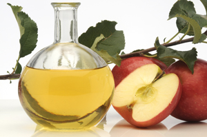 Apple cider vinegar made from natural fermentation.