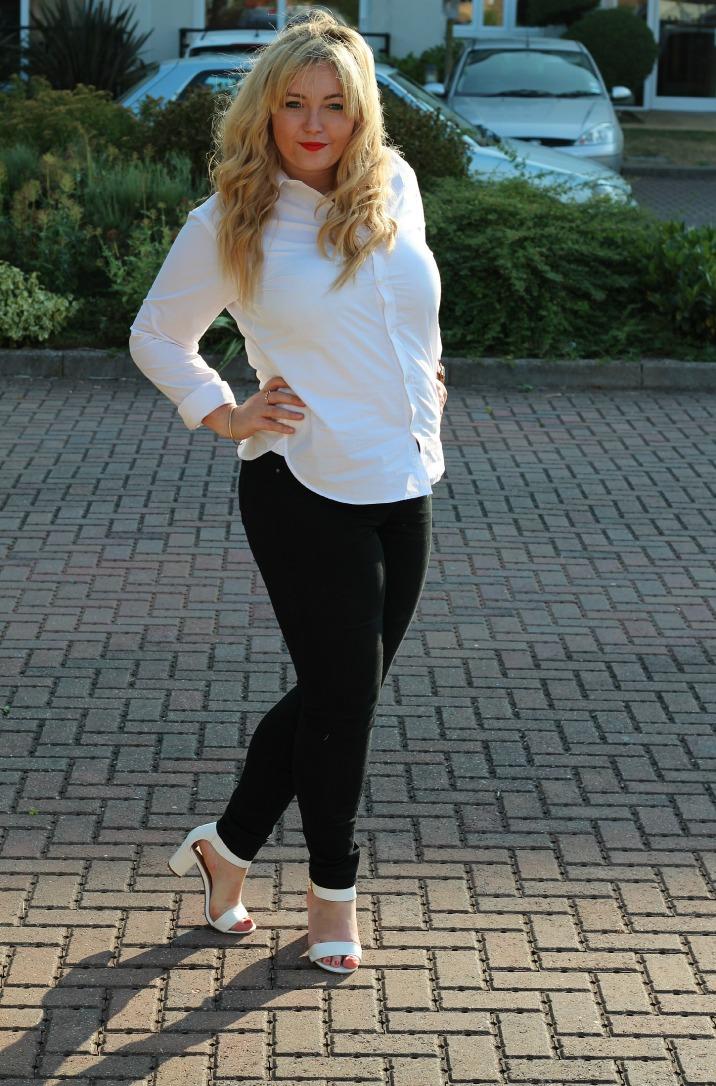 wardrobe staples, crisp white shirt, black skinny jeans, new look, block heeled sandals primark,