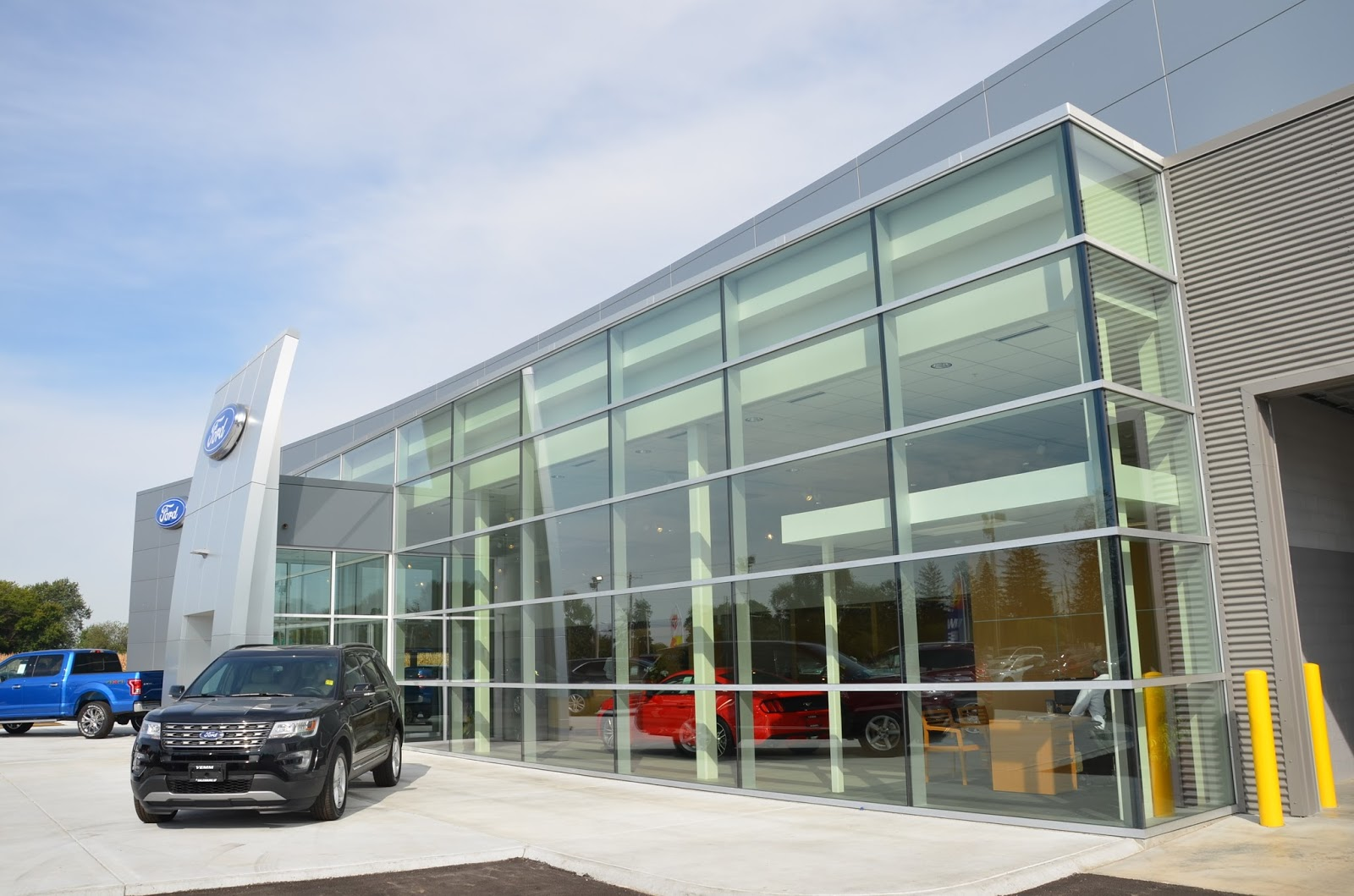 P.J. Hoerr, Inc.: Yemm Ford Dealership | Renovation/Addition - Galesburg, IL