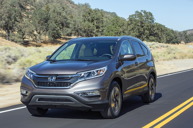 2016 Honda CR-V Touring front 3/4 view