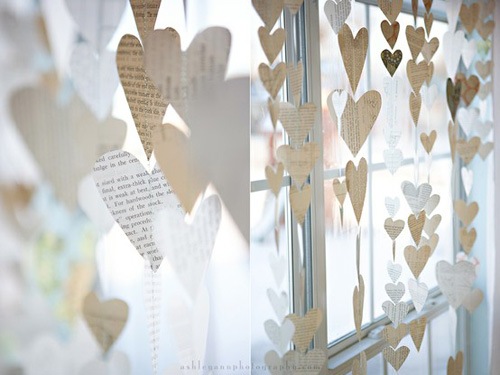 Diy valentine s day decorations julie ann art for Art book decoration ideas