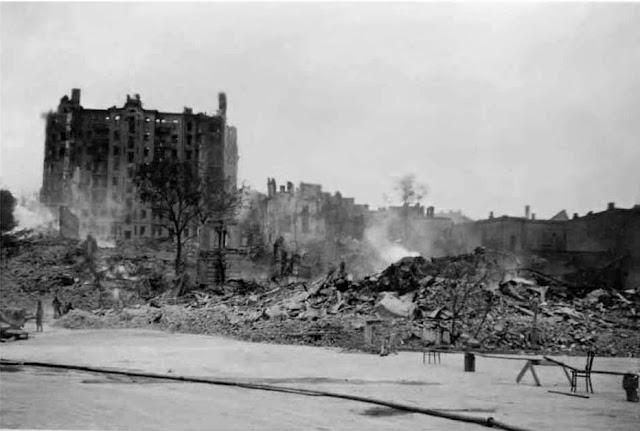 1941 год, Киев, Майдан, Институтская, оцепление