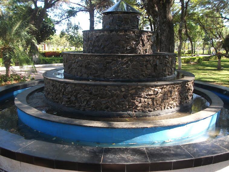 Hermoseamiento de la Plaza  JOSE FELIX BOGADO