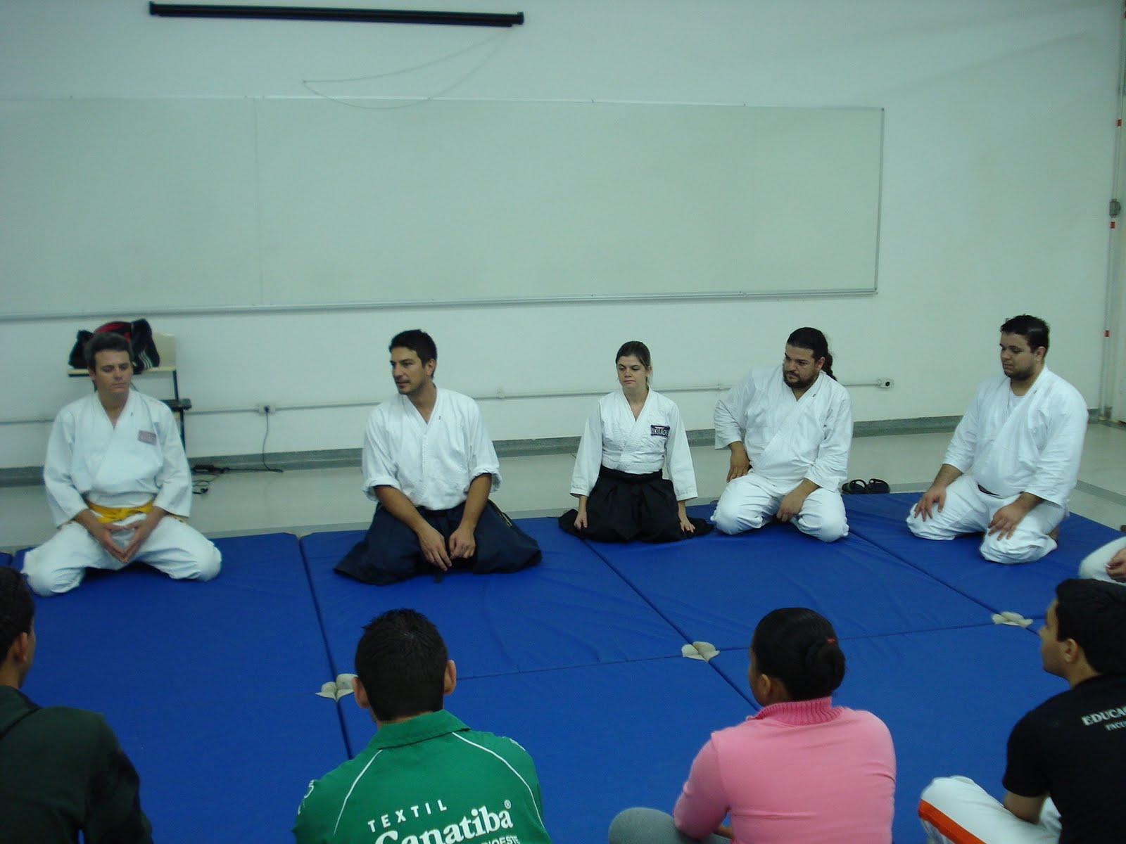 Aula na Faculdade de Jaguariuna e na Faculdade Politec de ...