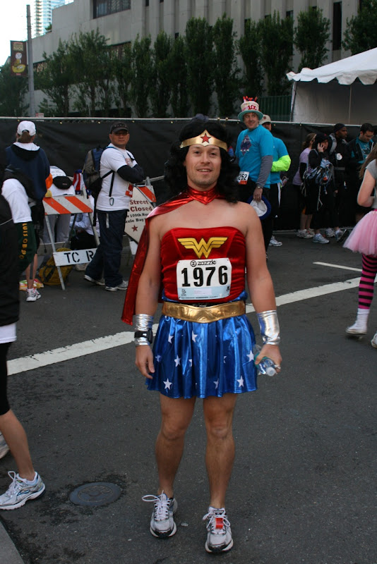 Wonder Woman Bay to Breakers 2011