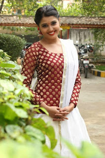Tamil Actress Sandra Amy Picture Gallery at Thoppi Movie Audio Launch 4.JPG