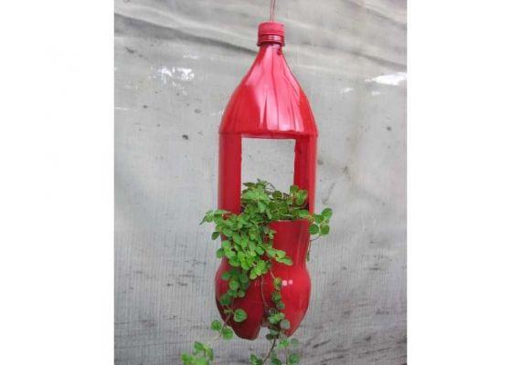 Armario Com Espelho Para Banheiro Na Leroy Merlin ~ Como fazer um vaso de garrafa PET passo a passo Artesanatos Reciclagem