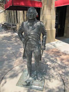 George Washington statue, estatua de George Washington