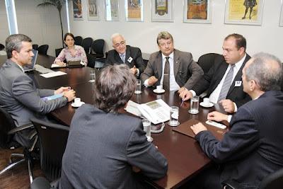 Ministro Aldo Rebelo recebe dirigentes da Federação Palestina-foto 2
