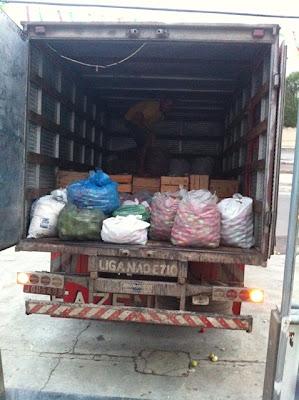 Campanha solidária arrecada mais de 3 toneladas de alimentos para atingidos pela seca.