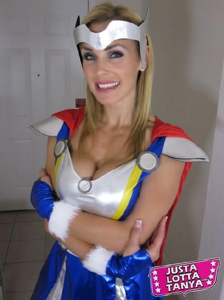 Tanya Tate Thor