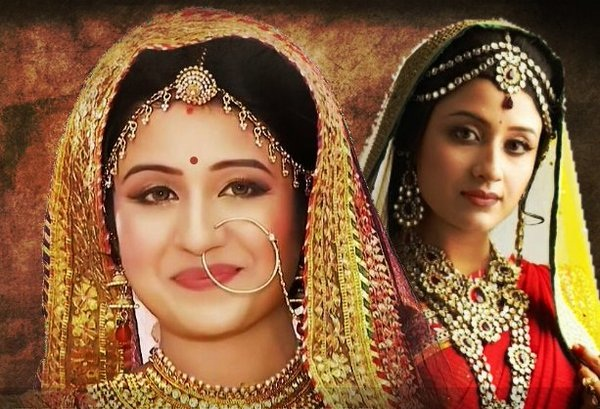 Paridhi Sharma Entry in Big Magic's 'Fakebook With Kavita' and 'Ji Sirji'