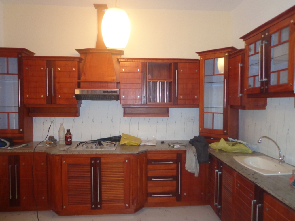 Kitchen designs sri lanka kitchen pantry cupboard for Kitchen designs sri lanka