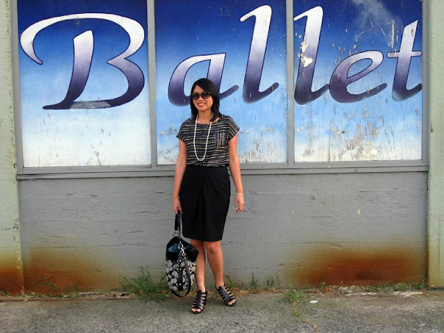 sacramento office fashion blogger angeline evans the new professional blog heart clothing boutique top limited tulip skirt target heels coach tote