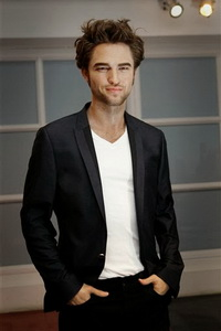 Robert Pattinson statue Madame Tussauds