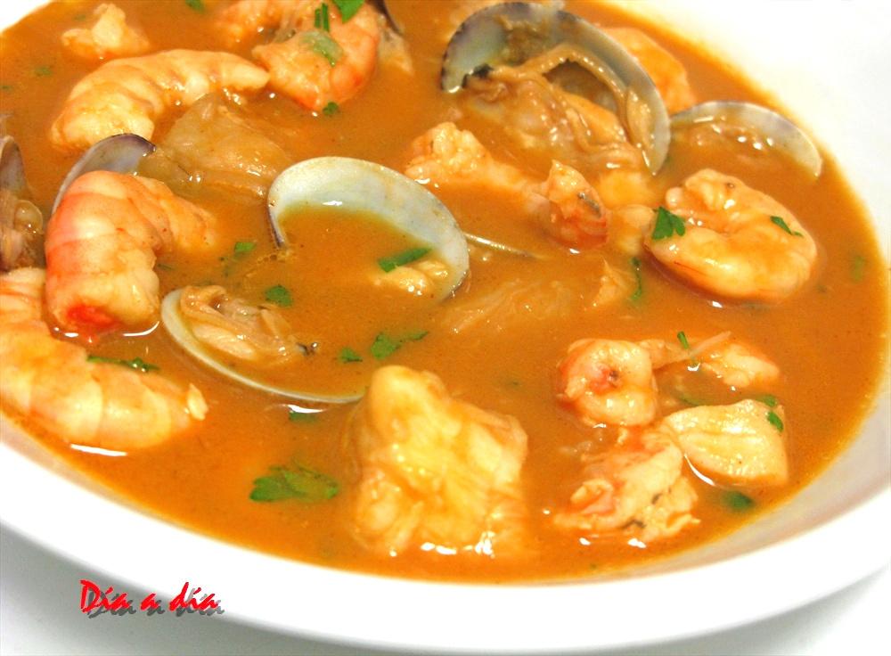 D a a d a sopa de pescado y marisco - Sopa de marisco y pescado ...