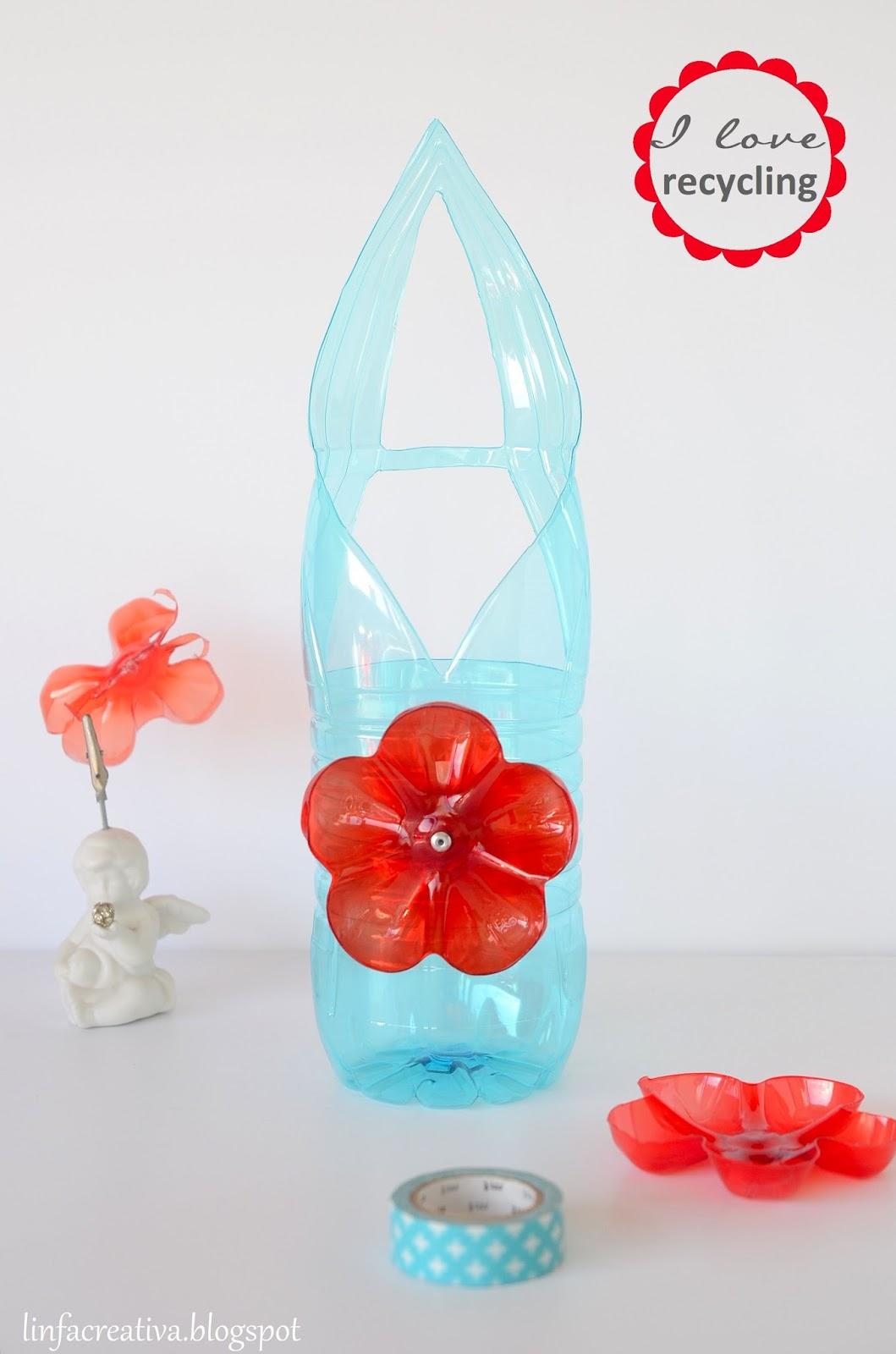 creazione con la plastica delle bottiglie