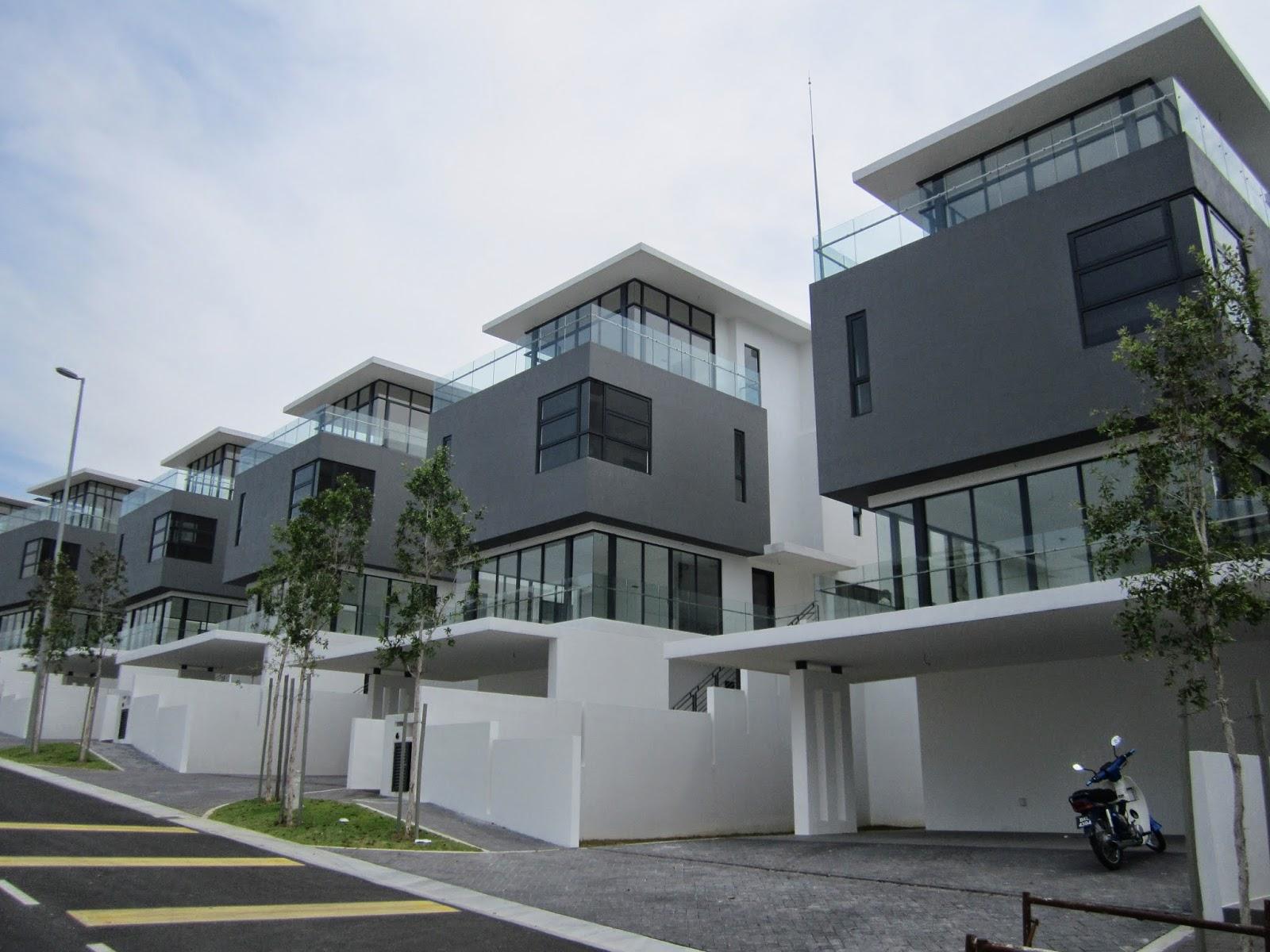 Real estate puchong alvarez laman granview bungalow for for Bungalow house for sale