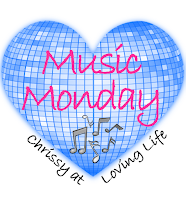 MusicMonday Dare You to Move {Music Monday}
