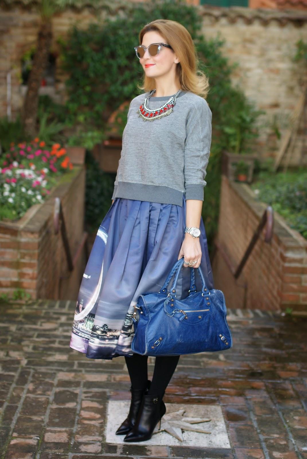 Chicwish London Skyline print, London Eye print midi skirt, Le Silla shoes, Fashion and Cookies, fashion blogger