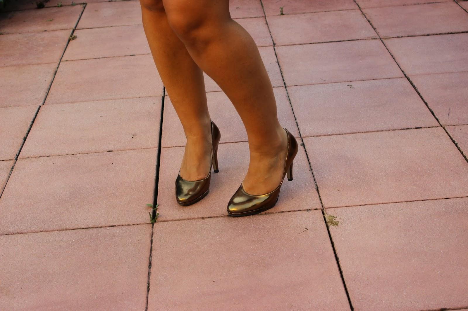 Robe bleu Naf Naf chaussures André Dorée