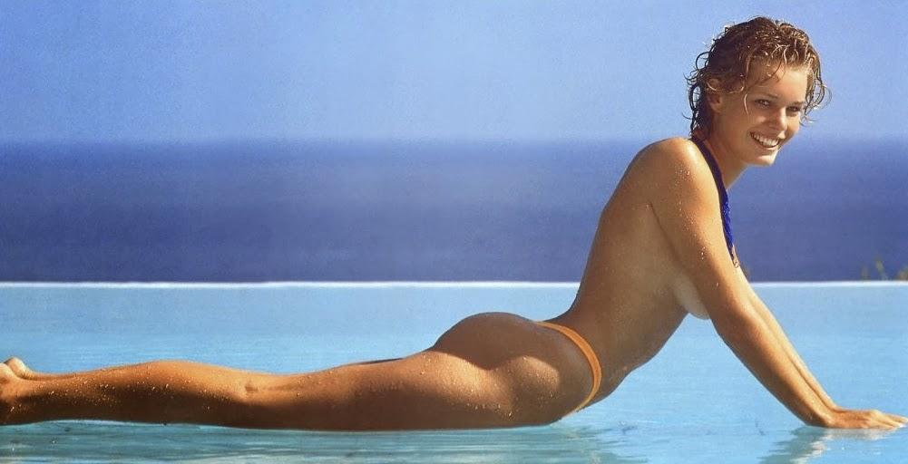 beautiful nude women ass up legs apart