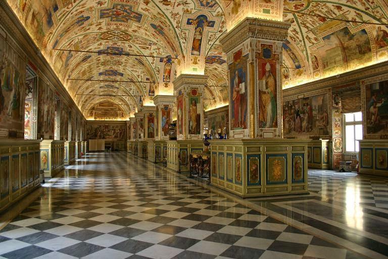 vatican - quốc gia nhỏ nhất thế giới