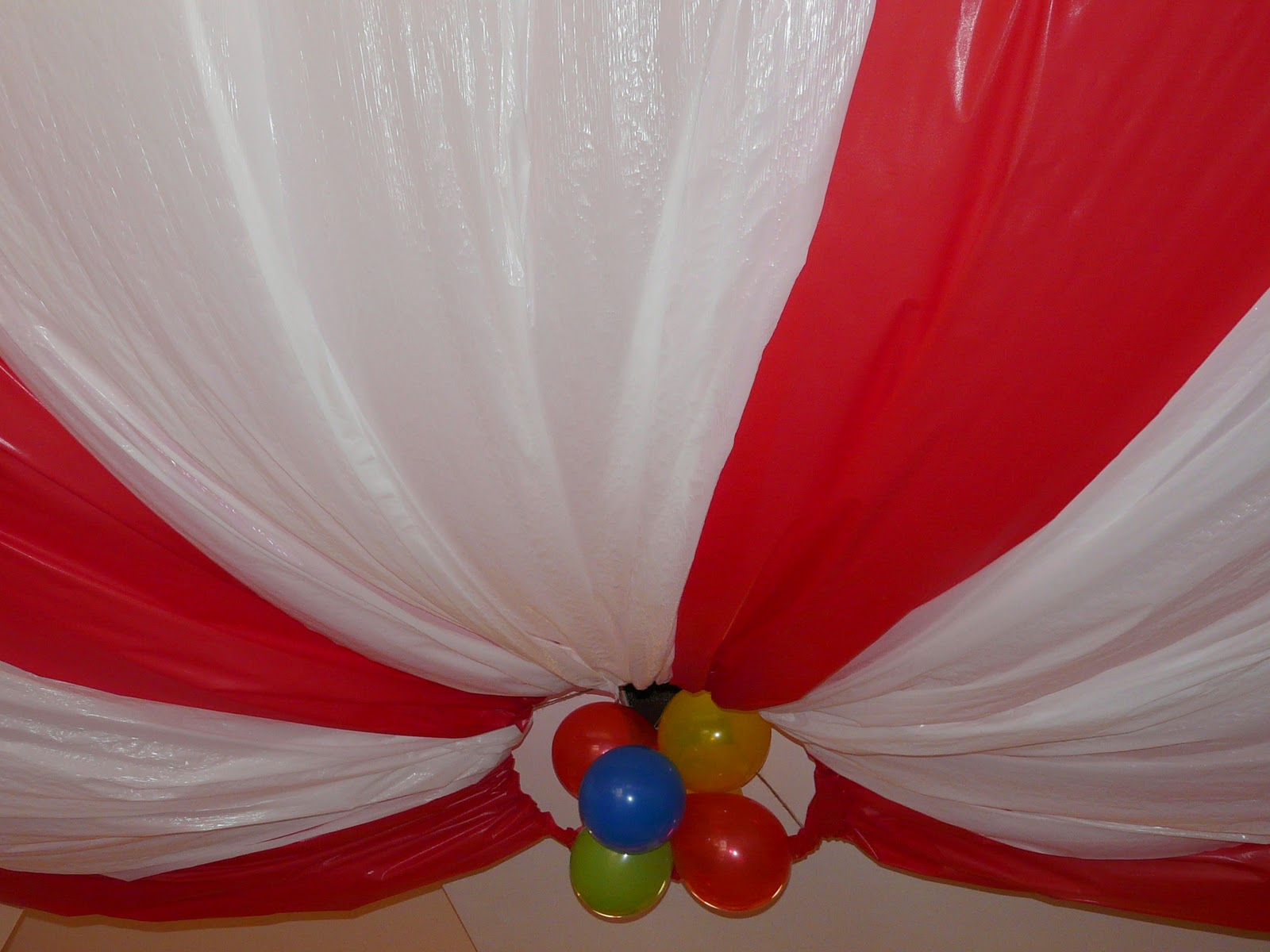 how to make a circus tent ceiling