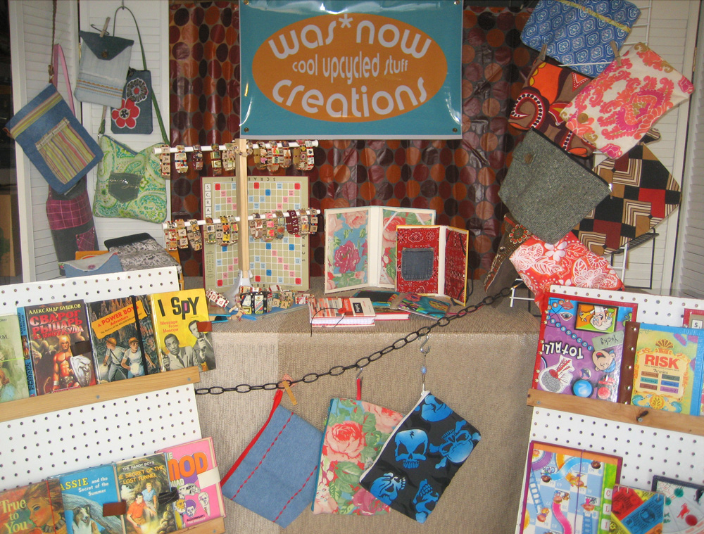 This booth was made for sellin 39 or will be once i fix for Made in the south craft shows