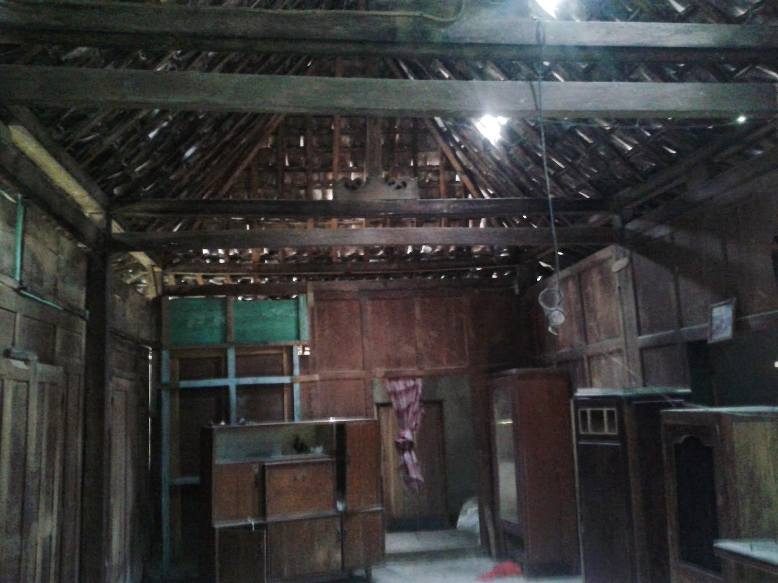 Rumah Limasan Tiang 13cm