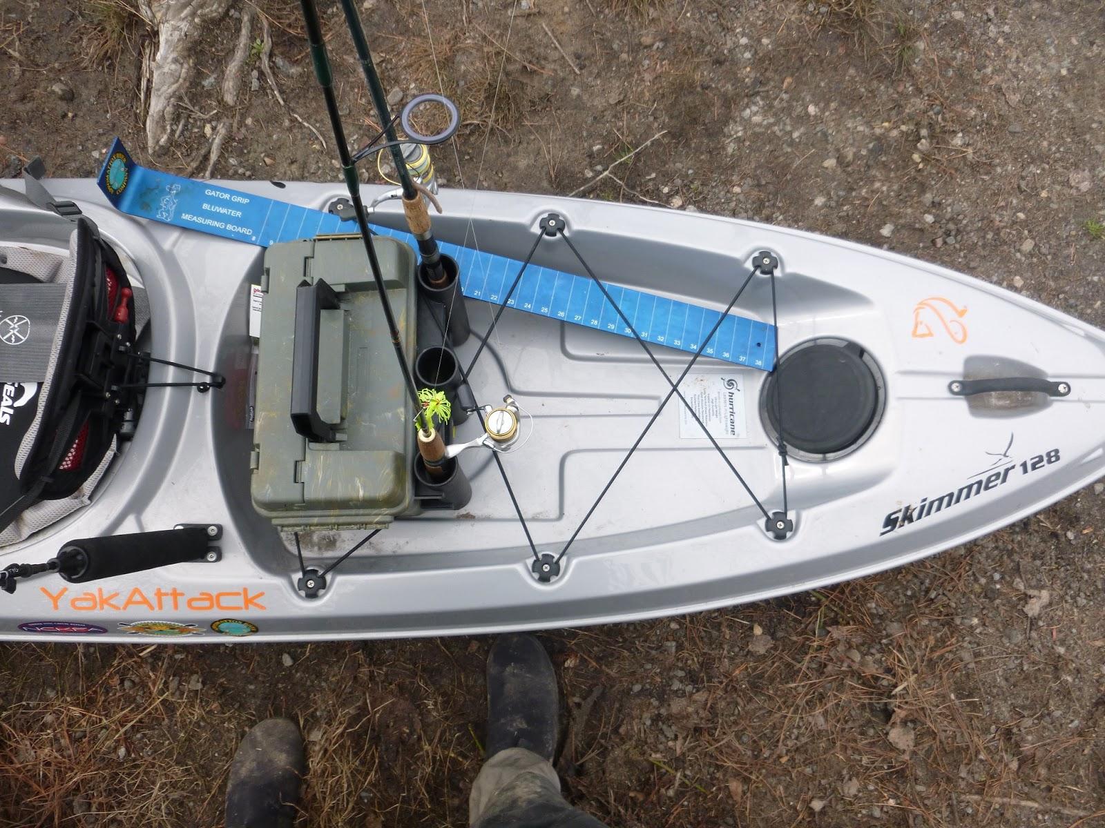 Coastal kayak fishing simple hurricane skimmer 128 rigging for Fishing kayak with livewell