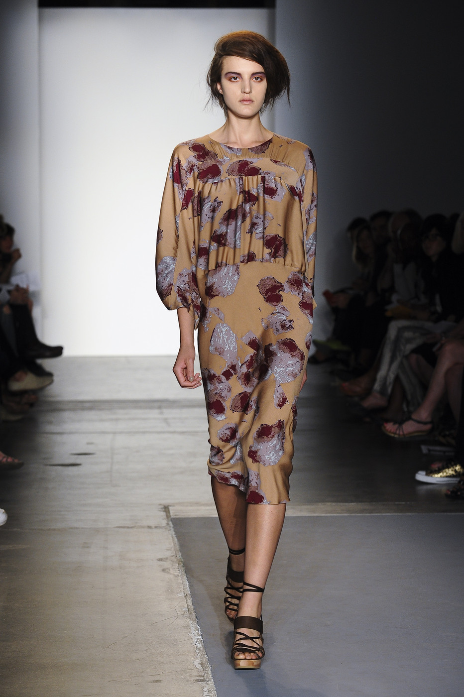 via fashioned by love | A Detacher Spring/Summer 2011 | floral trend
