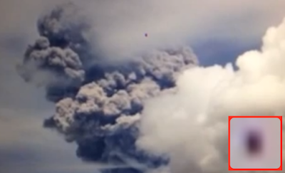 UFO News ~ 8/19/2015 ~ UFO Floats In And Out Of Erupting Volcano On Ecuador and MORE Ship%252C%2BUFO%252C%2BUFOs%252C%2Bsighting%252C%2Bsightings%252C%2Balien%252C%2Baliens%252C%2BET%252C%2Brainbow%252C%2Bstar%2Bwars%252C%2B2015%252C%2Bnews%252C%2Bearth%252C%2Bvolcano%252C%2Bmexico%252C%2Bbicycle%252C%2Blady%252C%2Bco%252C%2Bsun%252C%2Bjennifer%252C%2Baniston%252C%2Bwater%252C%2Blife%252C%2Bmars114