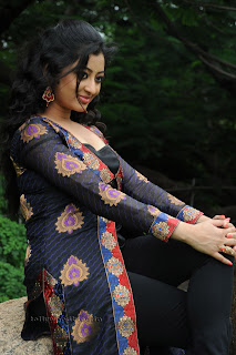 Tanishka in Lovely Tight Black Churidar Stunning Beauty