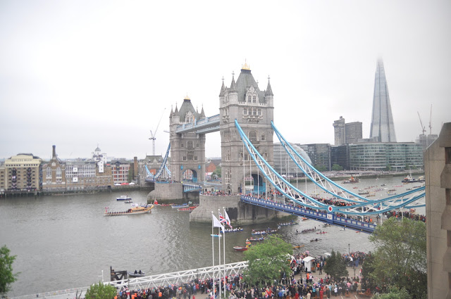 Queen+Diamond+Jubilee+Thames+Pageant+photo+man+powered+boats