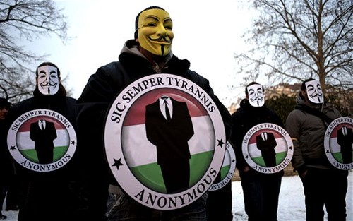 anonymous e il vaticano