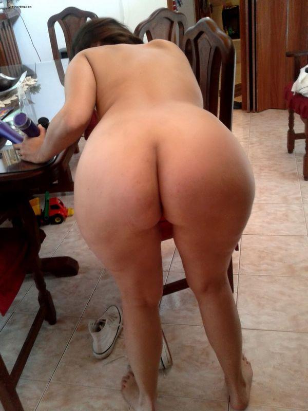 Desi asses