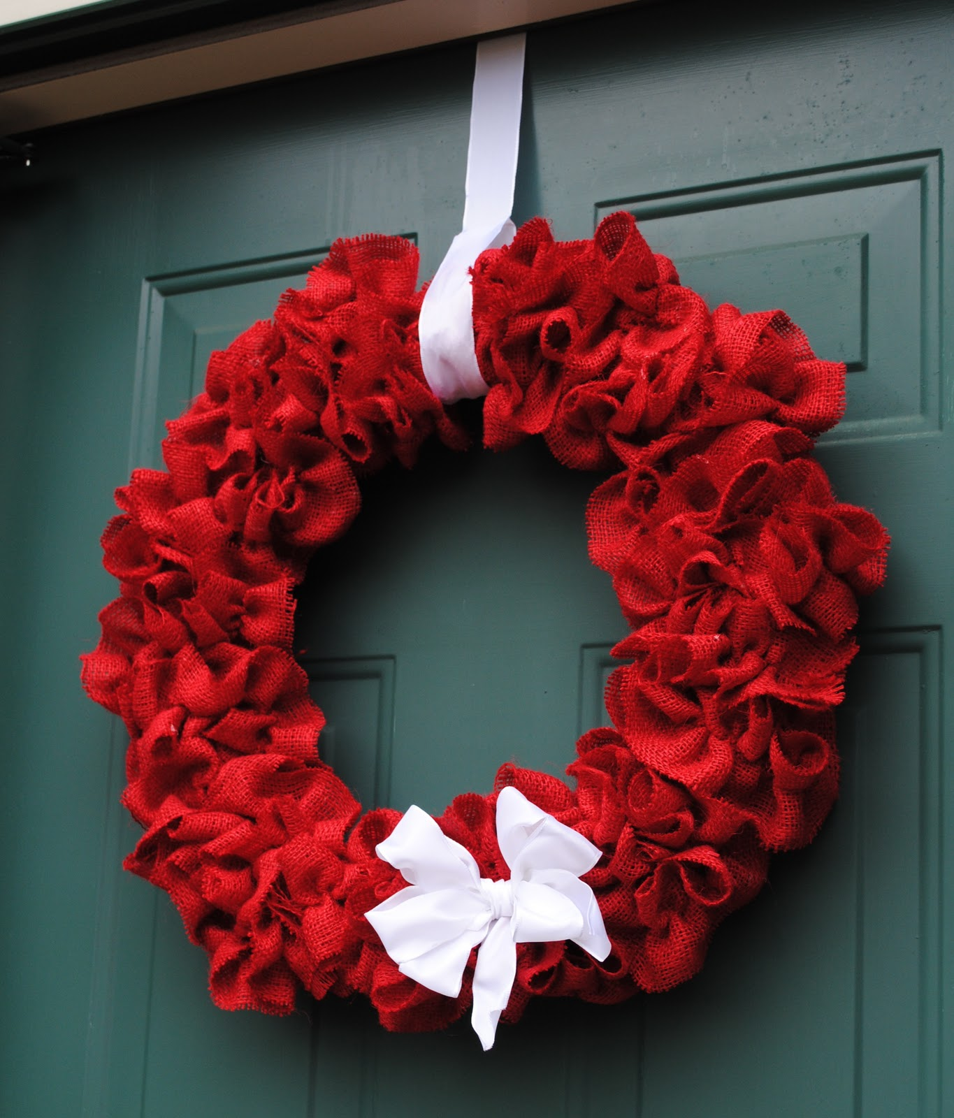 New south design ruffled burlap wreath for 20 for How to make christmas door wreaths