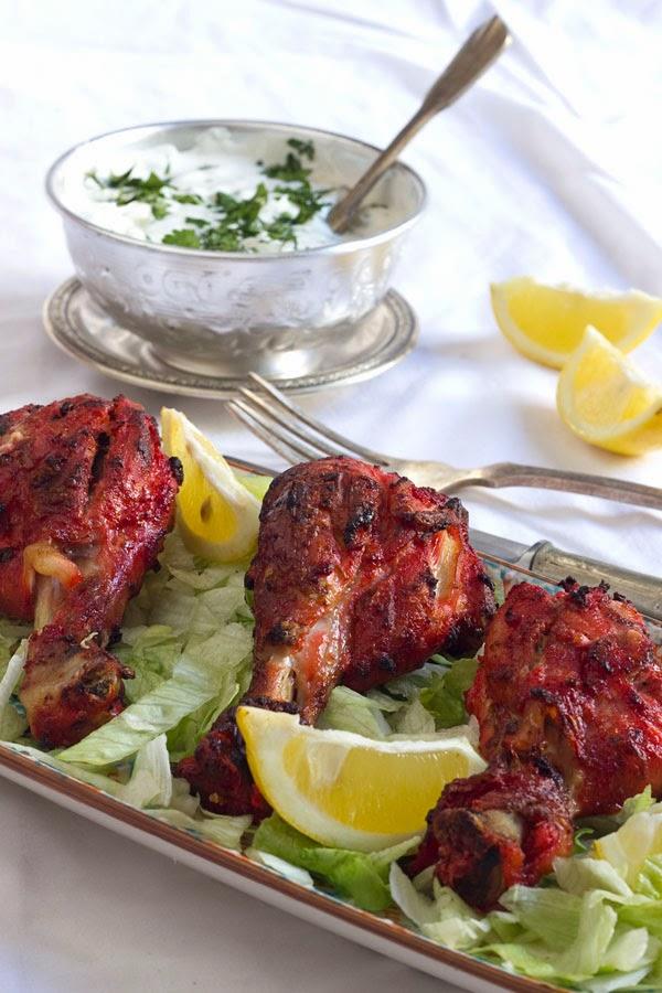 Pollo tandoori con  Raita
