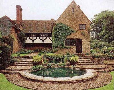 Tara dillard gertrude jekyll munstead wood inspires pool for Gertrude jekyll garden designs