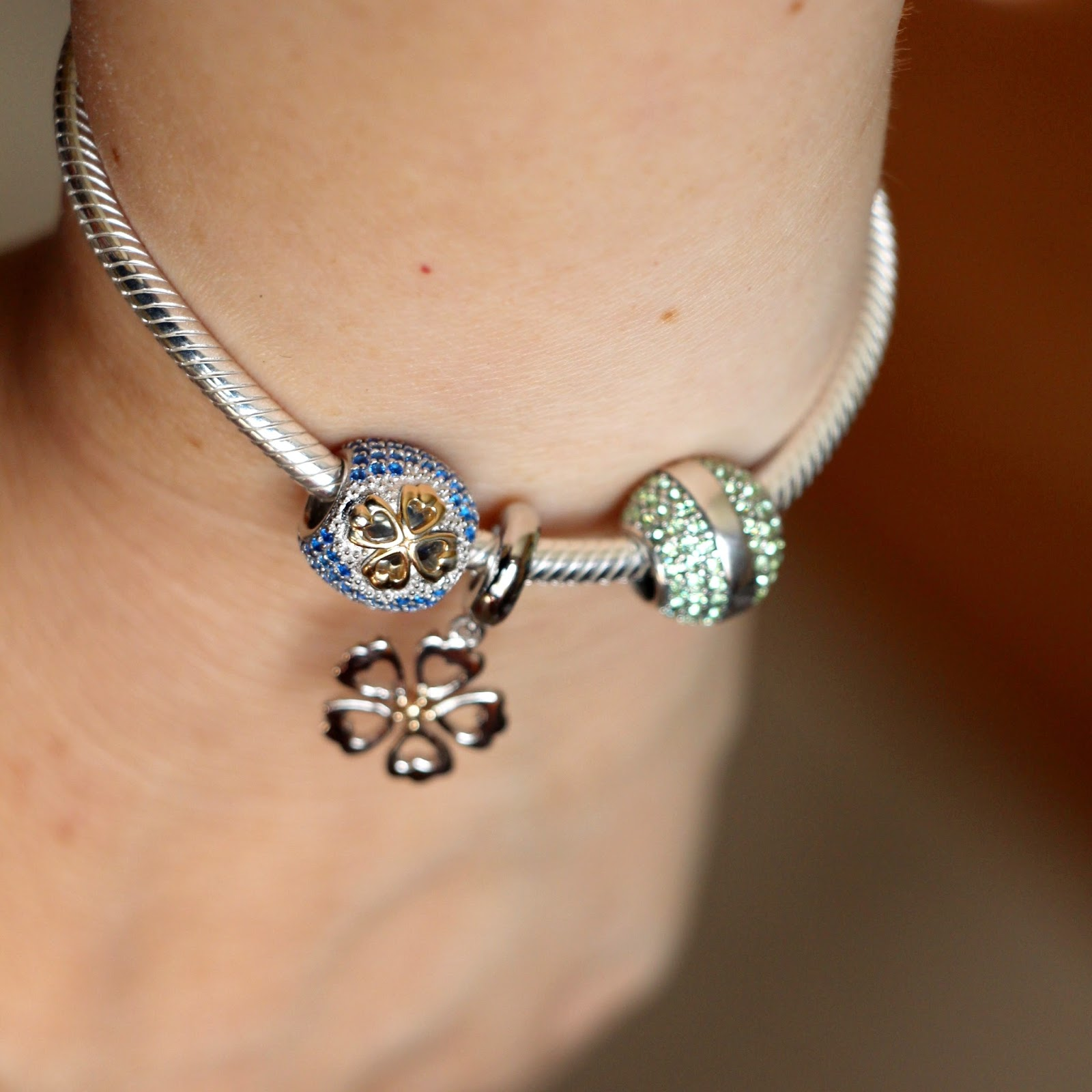 Vicky s Daily Fashion Blog Soufeel Charm Bracelet Review