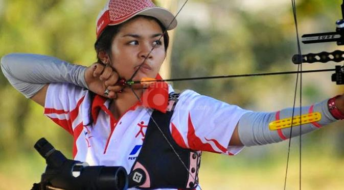 Dellie Threesyadinda atlet panahan indonesia
