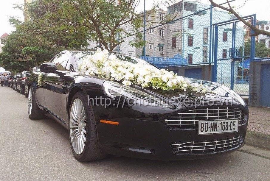 Cho thuê xe cưới  Aston Martin Rapide - siêu xe đẳng cấp tại Hà Nội