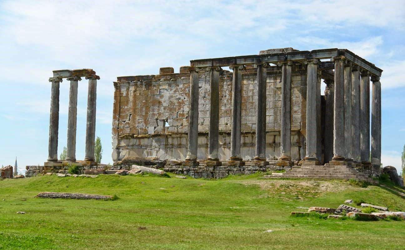 Aizanoi Zeus Tapınağı