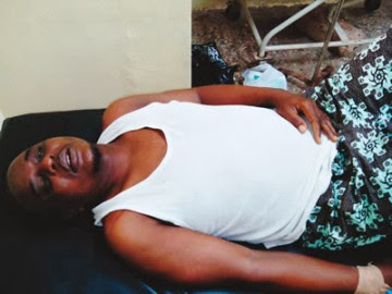 students beat up teacher osogbo