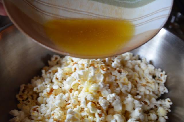 Cinnamon-Sugar-Popcorn-Drizzle-Butter.jpg